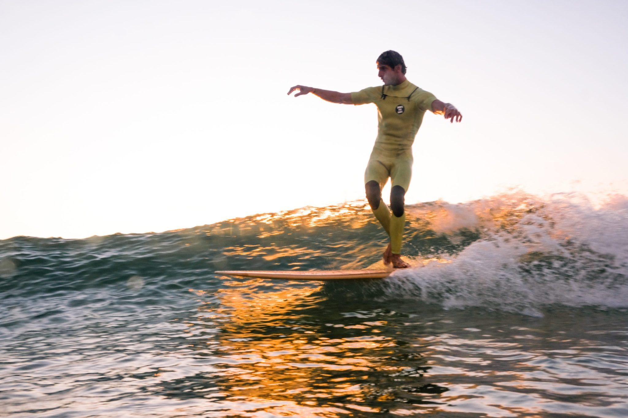 Cachalot Surfboards planche surfboard artisan surf shaper bois hollow wooden longboard