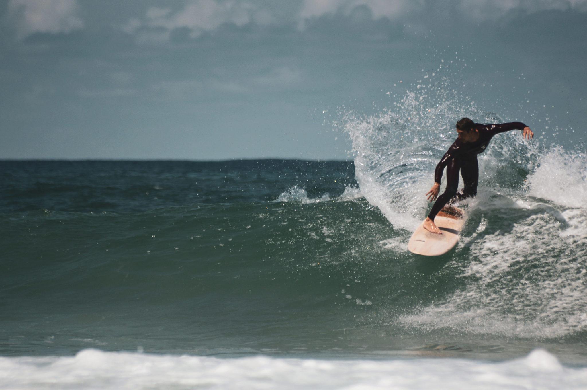 cachalot surfboards planche surf handmade artisan shaper hollow bois merguez hugo marin